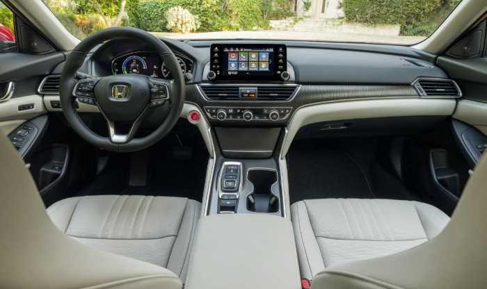 2022 Honda Accord Touring Interior