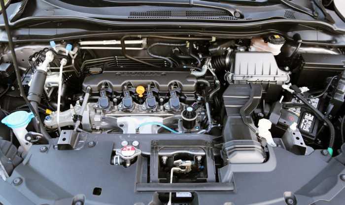 2022 Honda HR-V Touring Engine