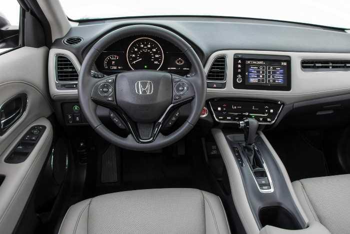 2022 Honda HR-V Touring Interior