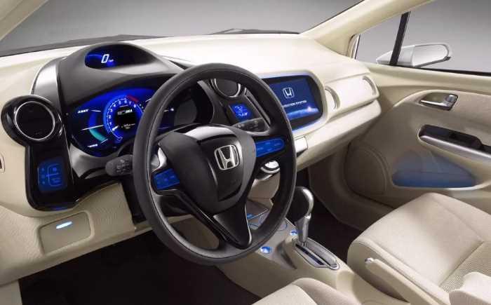 2022 Honda Insight Touring Interior