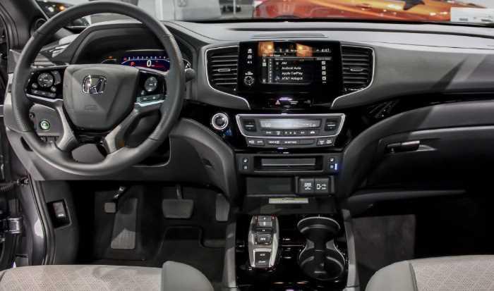 2022 Honda Passport Touring Interior